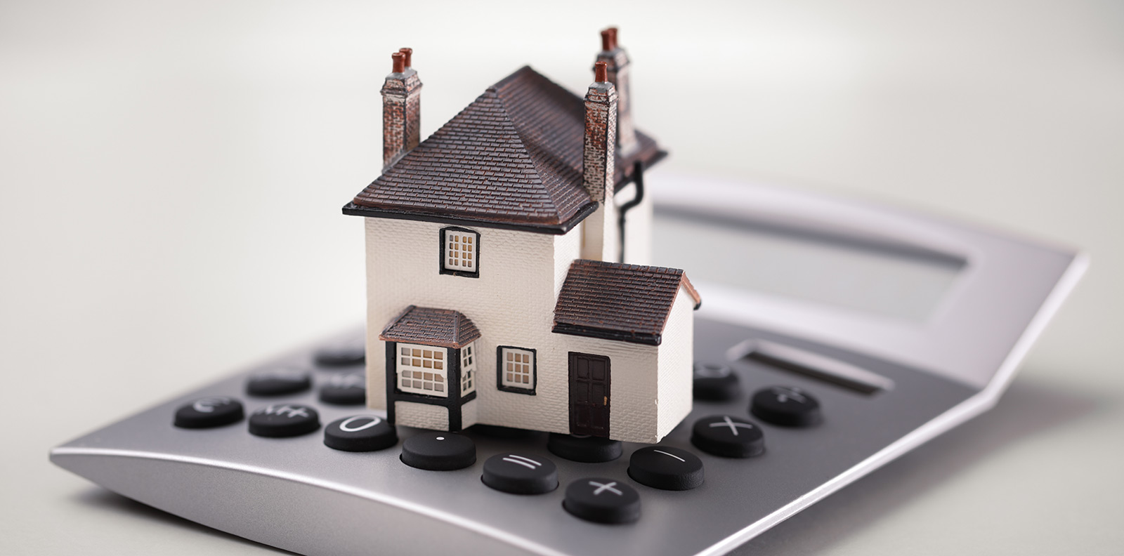 Should I fix my Mortgage interest rate? The top things to consider.
